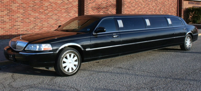 Tips That Will Help You Book The Right Limousine